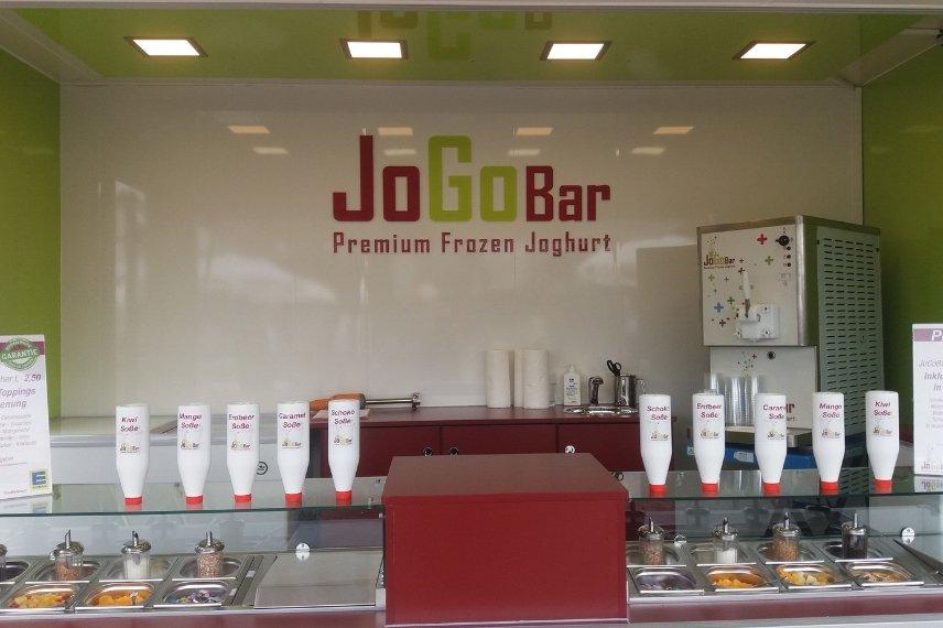 Mit einer Frozen Joghurt Eismaschine von JoGoBar machen Sie Ihr Event unvergesslich.