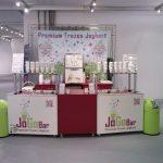 Eine Frozen Yogurt Maschine von JoGoBar versüßt jedes Event